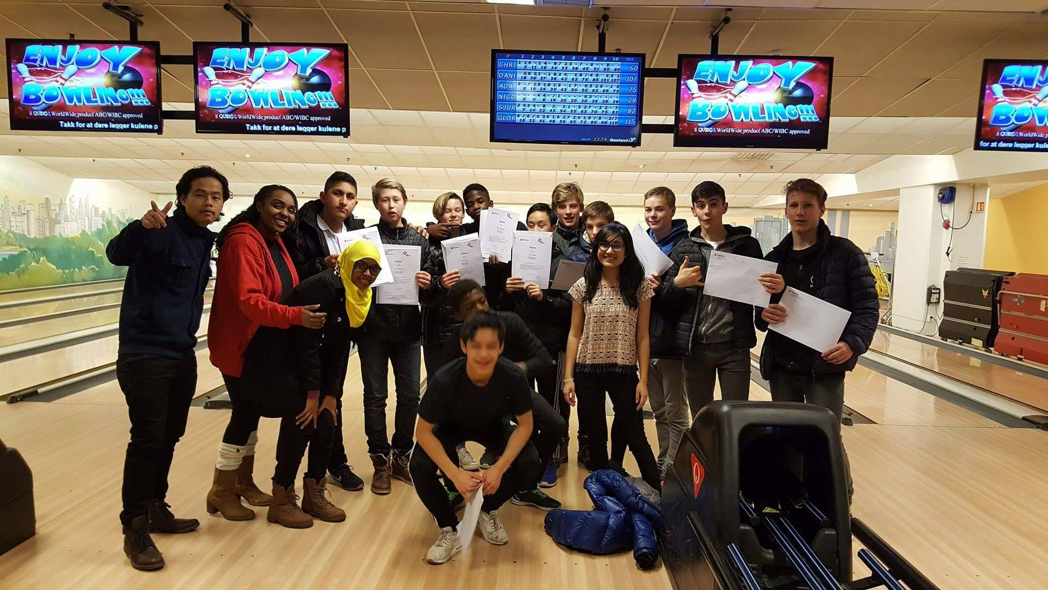 Certification after Bowling with our Participants.