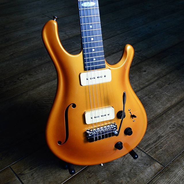 Flaxwood Electric Guitars are now available at Intersound Guitars in Dursley, Gloucestershire! @intersoundguitars  Contact us here at FlaxwoodGuitarsUK on Instagram, Facebook or Twitter for more information. Get in touch with @zedmusicdistribution to find your nearest dealer and to get your hands on a Flaxwood in the United Kingdom.  www.zedmusicdistribution.co.uk  Photo and copyright owned by Zed Music Distribution.  #flaxwood #flaxwoodguitars #guitar #electric #electricguitar #guitarist #unitedkingdom #lovemusic #musicians #musiclife #ギター #violão #guitarra #гитара #guitare #gitar #musicphotography #sustainable #sustainability #ecofriendly #eco #photooftheday #photo