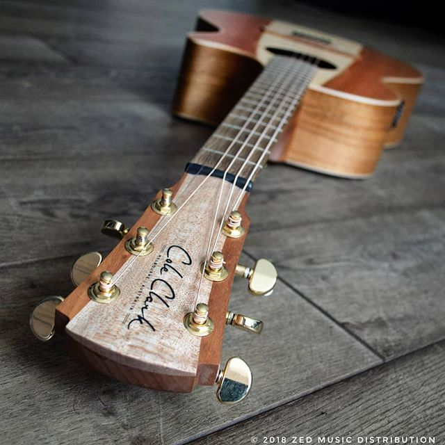 Check out the head stock on this awesome Angel 2 Redwood top!  Contact us here at ColeClarkUK to find out more and get in touch with Zed Music Distribution to find your nearest Cole Clark dealer and get your hands on one! @zedmusicdistribution  Photo and Copyright owned by Zed Music Distribution.  #coleclark #coleclarkguitars #redwood #california #big #grain  #oneofakind #rare #monday #mondaymotivation #mondays #worldsmostnaturalpickup  #acousticguitar #acousticaguitar #acoustic #guitars #guitarist #guitar #guitarsdaily #guitarspotter #guitarsarebetter #guitarcover #zedmusicdistribution #martin #taylor #fender #gibson