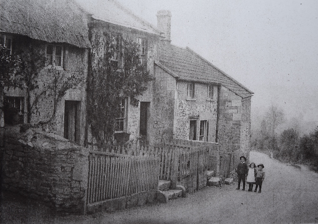 White Hart Cottage c.1860