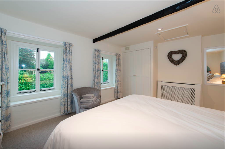 white hart cottage, master bedroom 2.png