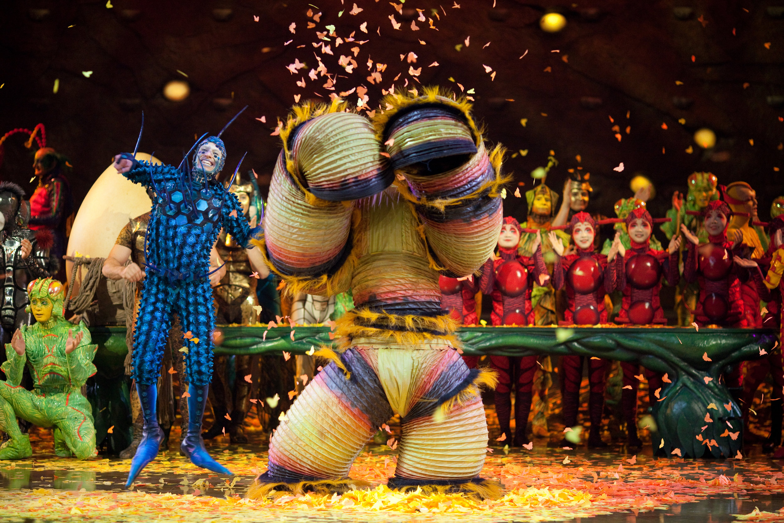 Photo: OSA Images Costumes: Liz Vandal © 2009 Cirque du Soleil