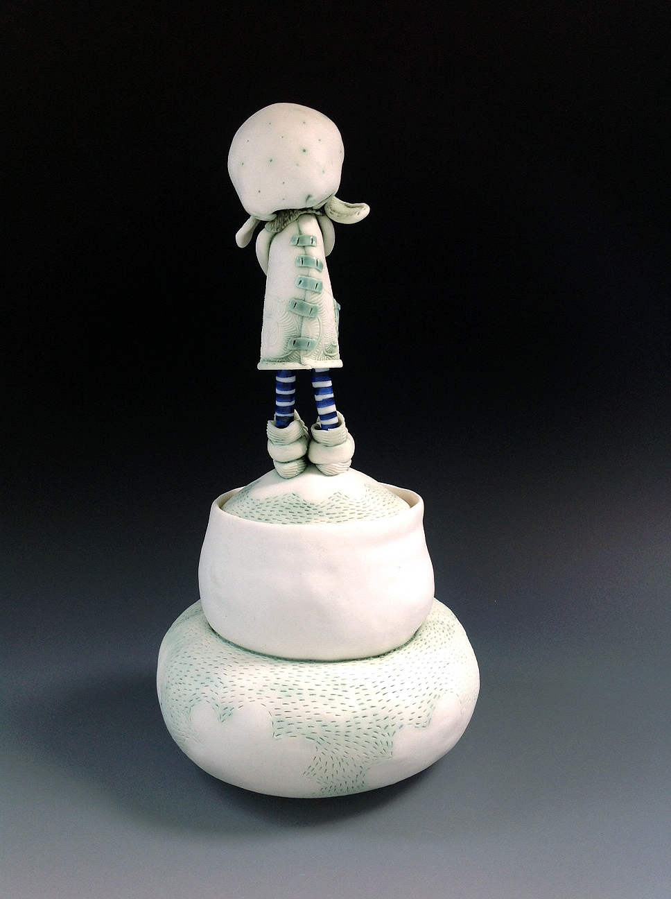 'Heidi and Bilby' Porcelain Pet Cremation Urn 2016 Fleur Schell reverse.jpg