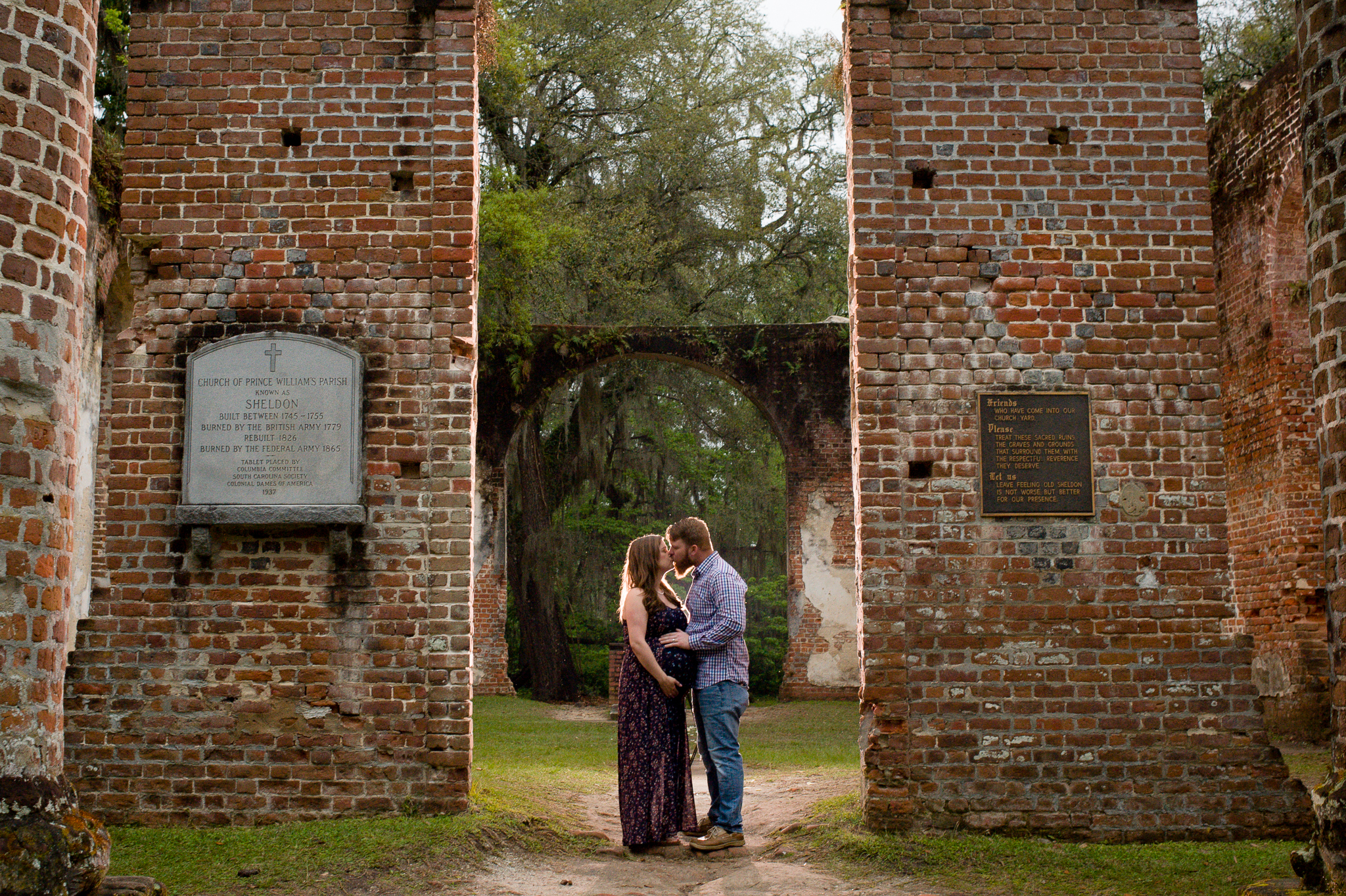 maternity portraits in beaufort, south carolina, at the Old Sheldon Church Ruins