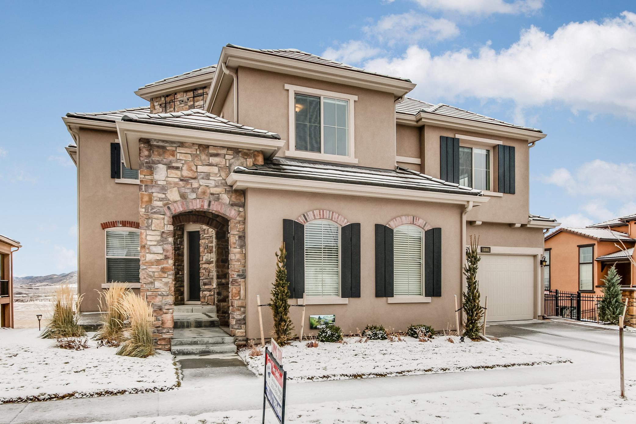 15164 W. Washburn Ave.   $864,700