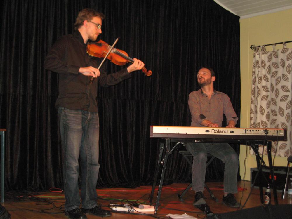 2011, 16. september, Rannok. Theis Langlands og Michael Graubæk. Dobbeltkoncert med Carr & Roswall
