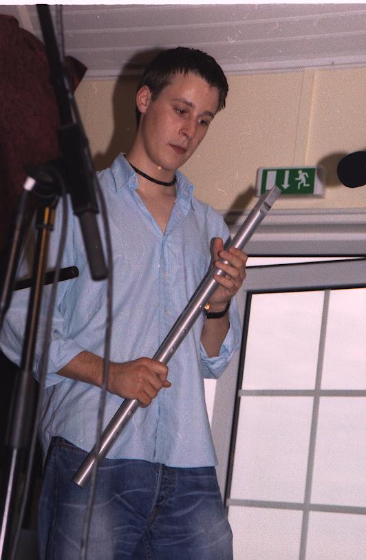 2003, 4 juli, Thorøhuse Forsamlingshus, Ross Ainslie bare 17 år - i dag et stort navn i Skotland og internationalt