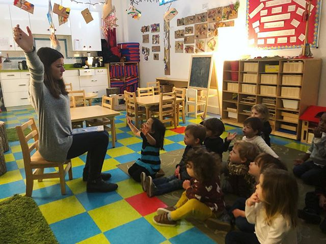 Our student teacher, Bianca reading a story to the children. #studentteacher #prospectkidsacademy #love #regioemilia #prospectheights #pka