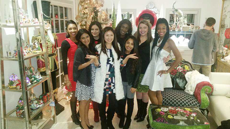 My fabulous blogger friends came to support me at Blue leaf Christmas party!