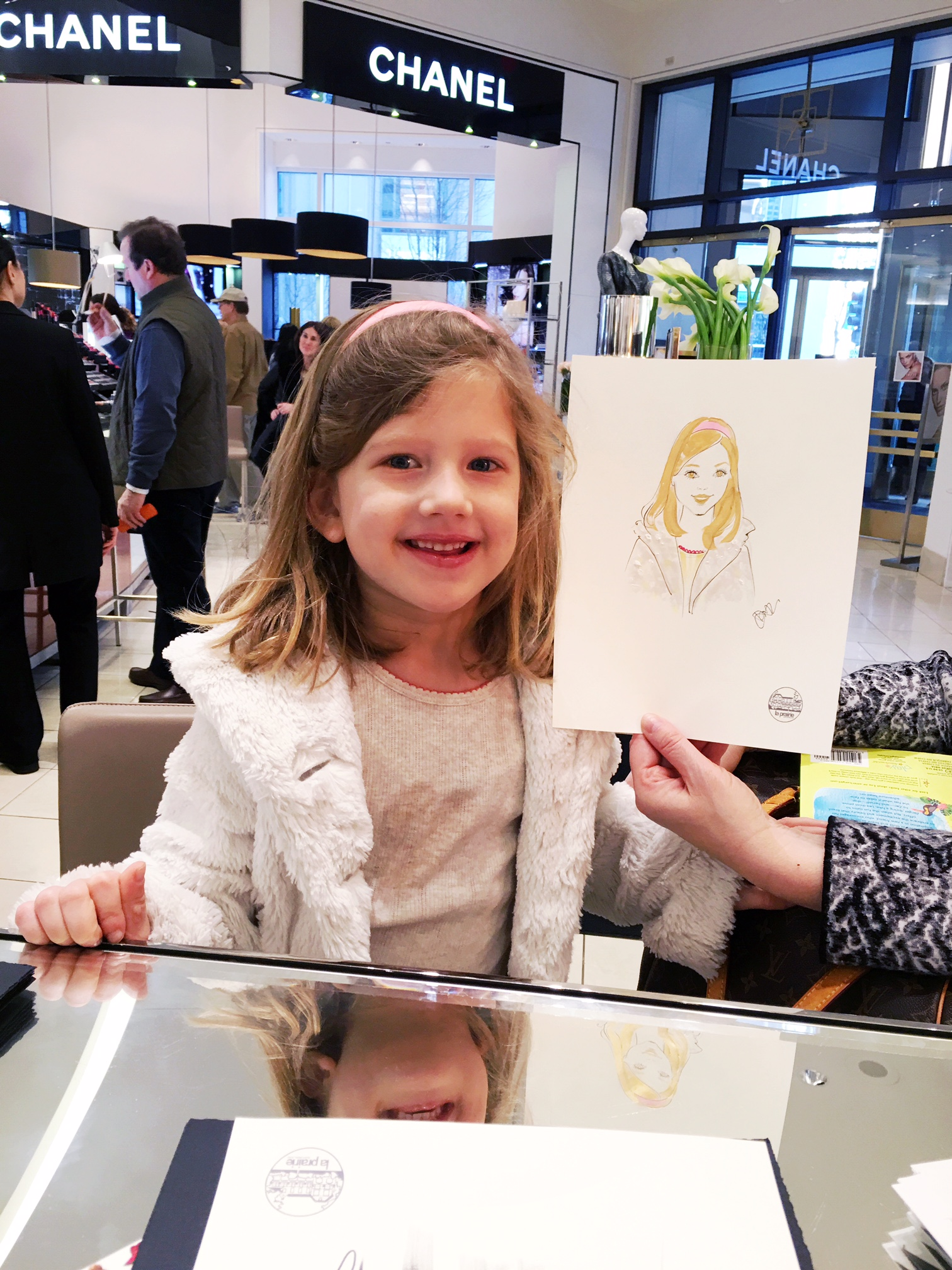 La-Prairie-live-sketch-event-at-Saks fifth avenue-Chicago-by-fashion-illustrator-Rongrong-DeVoe--1