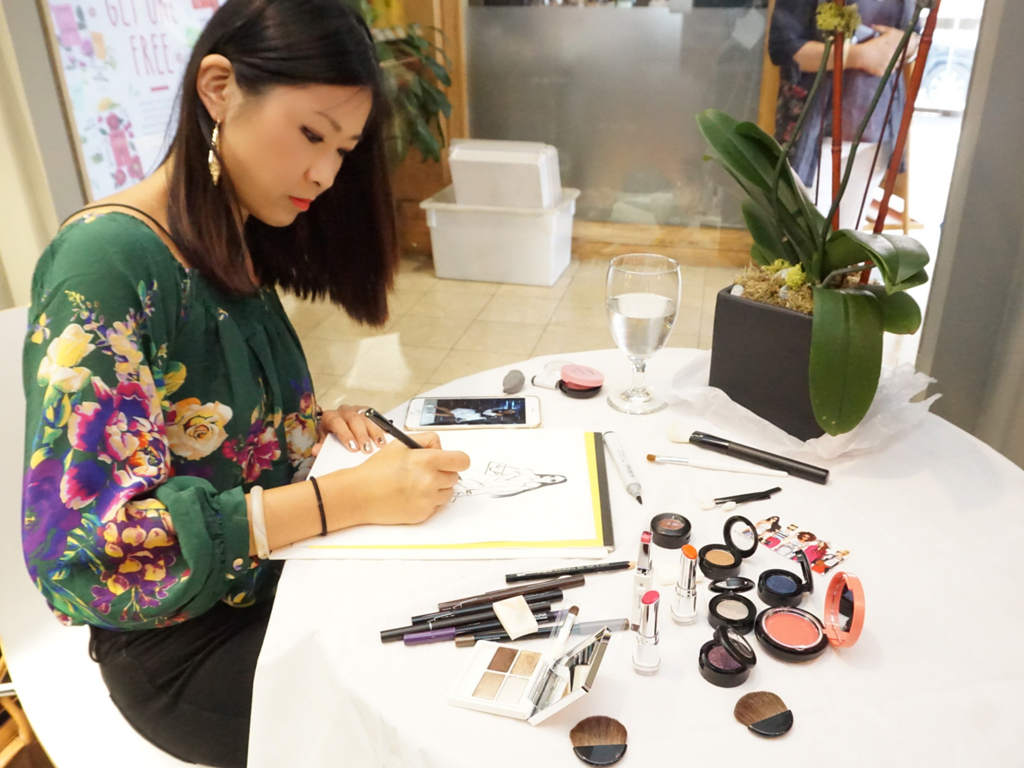 Fashion Illustrator Rongrong DeVoe live sketch at NYFW ss17