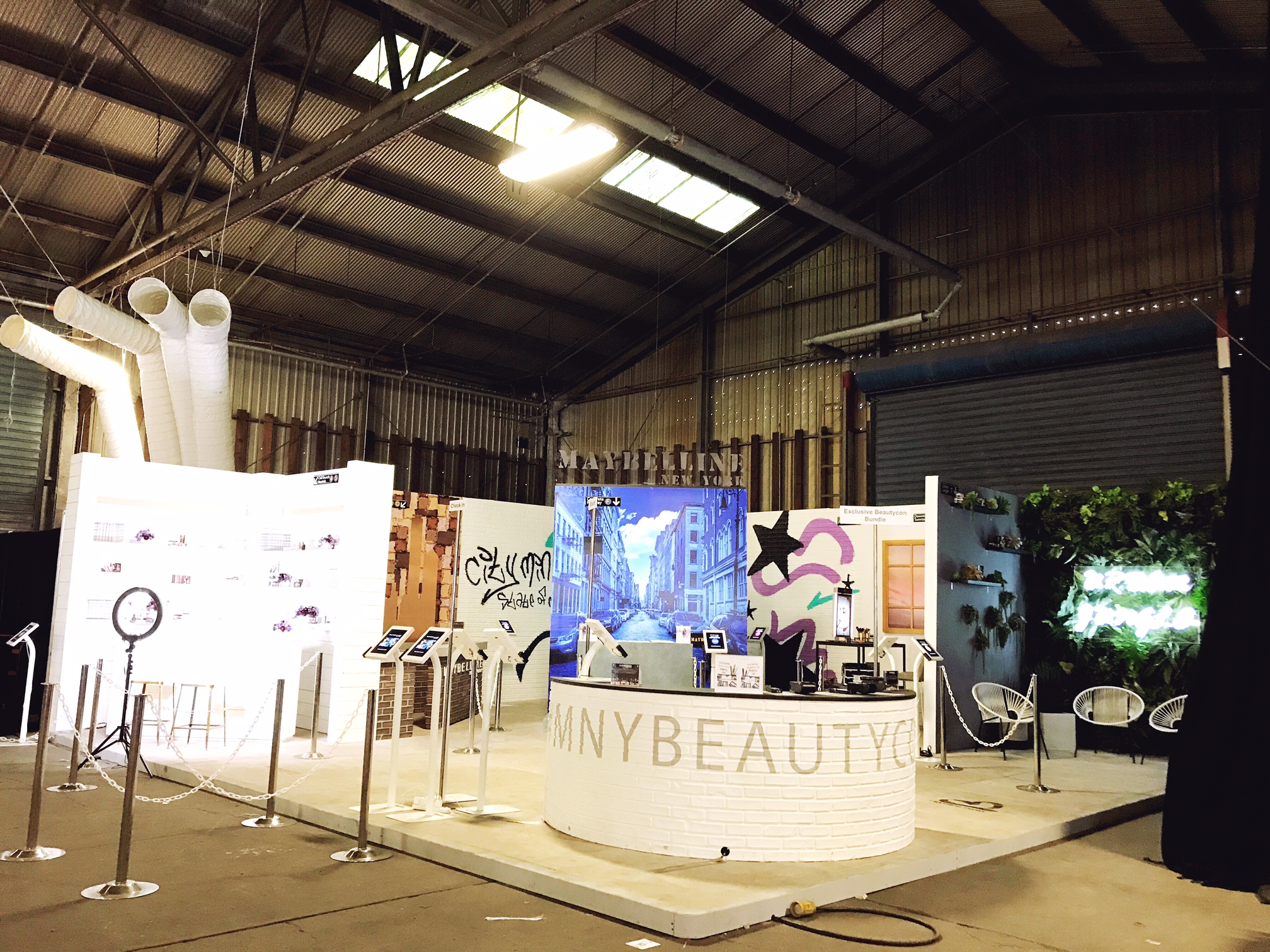 Maybelline New York BeautyCon Booth