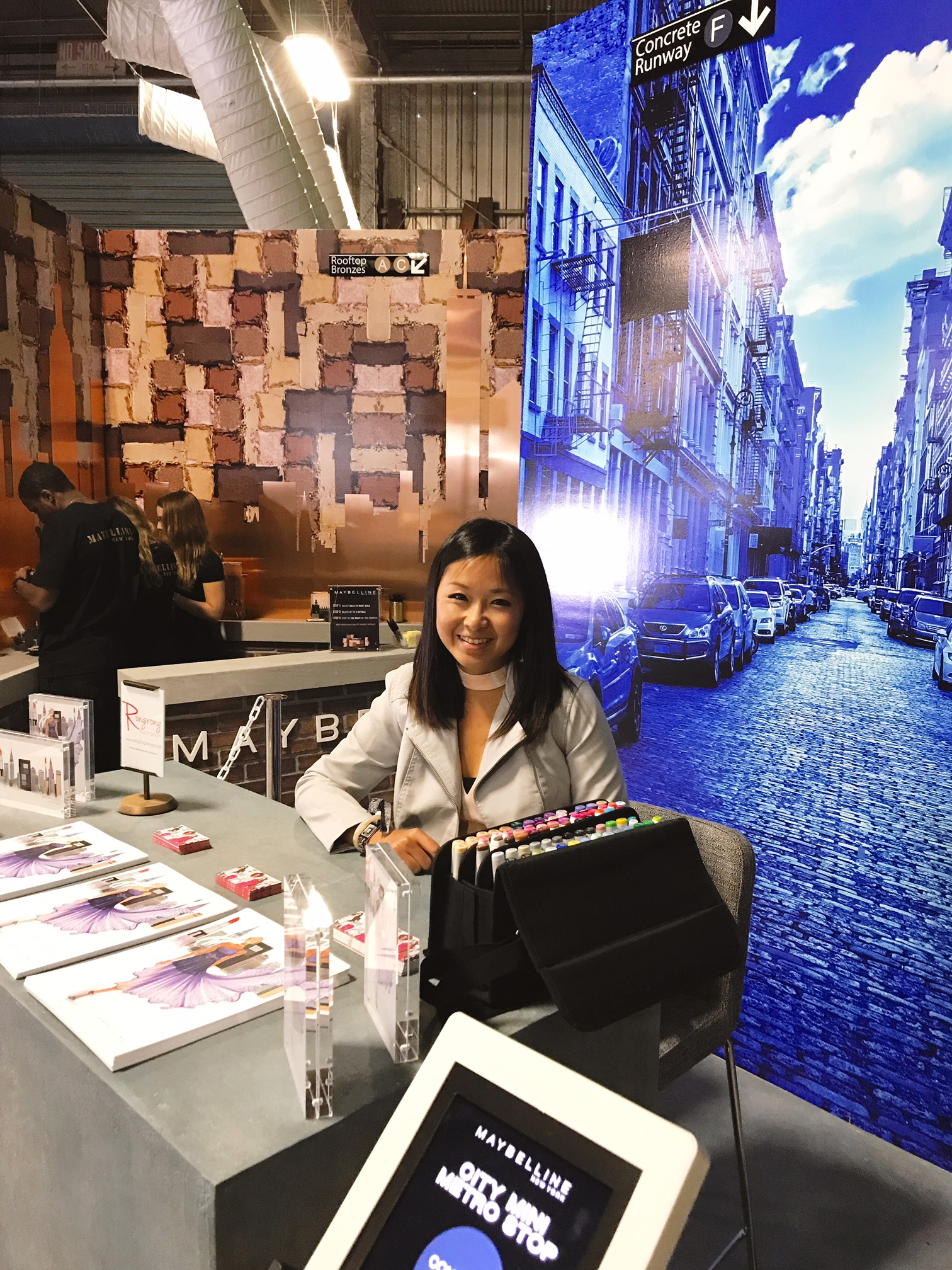 fashion illustrator Rongrong DeVoe live sketch at Maybelline New York BeautyCon Booth