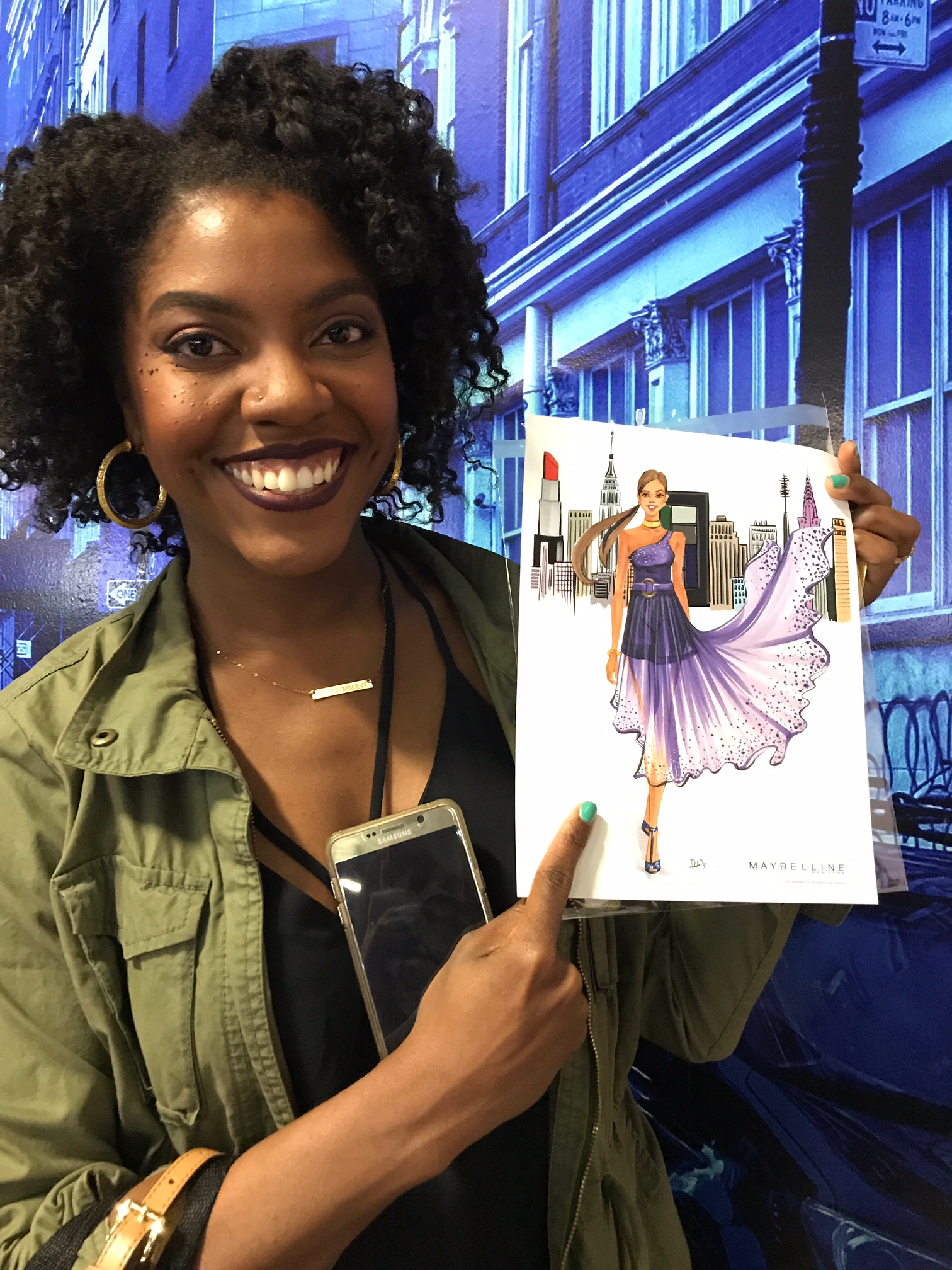 fashion illustrator Rongrong DeVoe live sketch at Maybelline New York BeautyCon festival