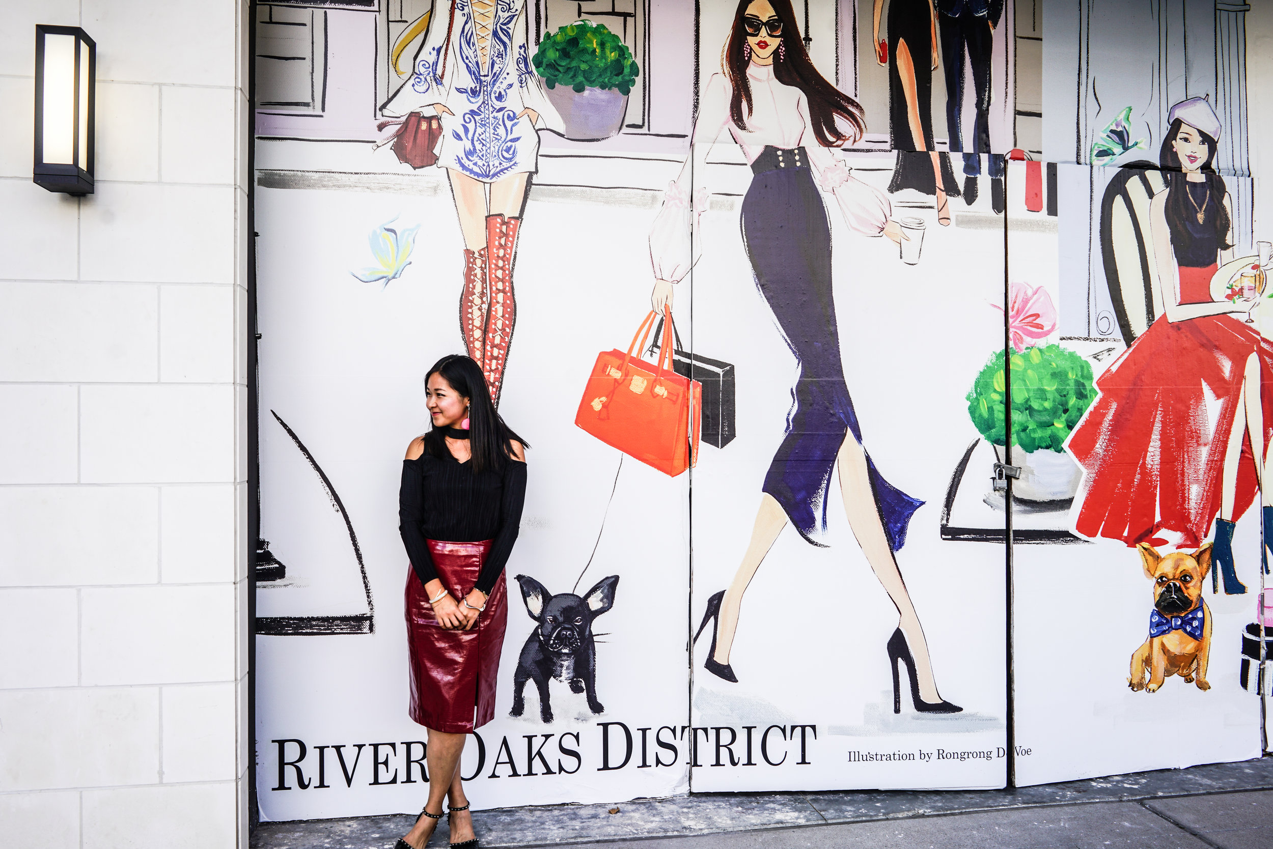 Fashion Illustrator Rongrong DeVoe at River Oak District.jpg