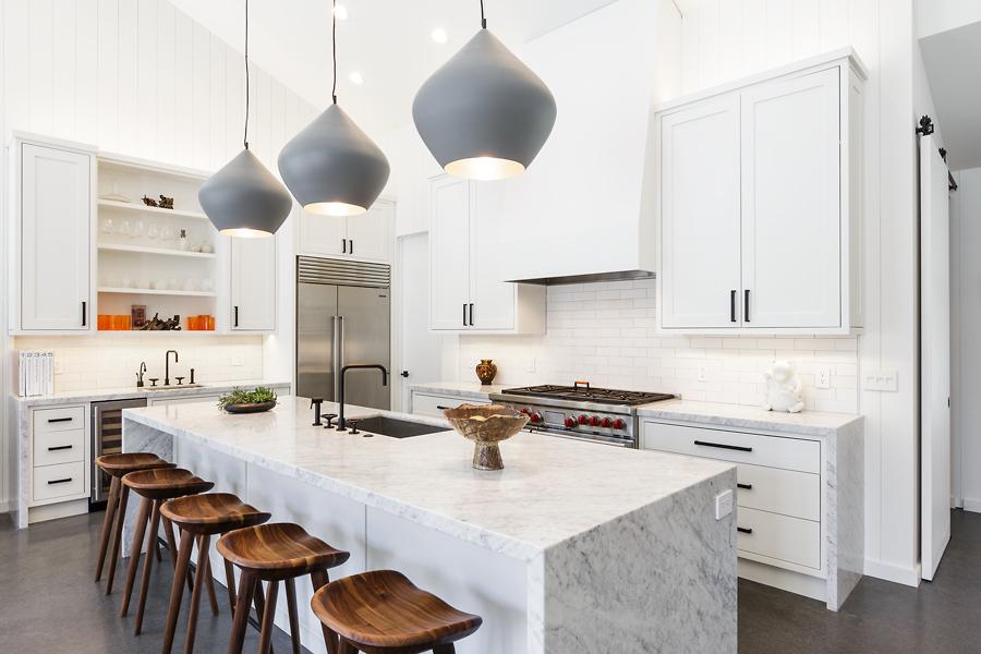 10-40-Juanita-Ave-kitchen-web.jpg