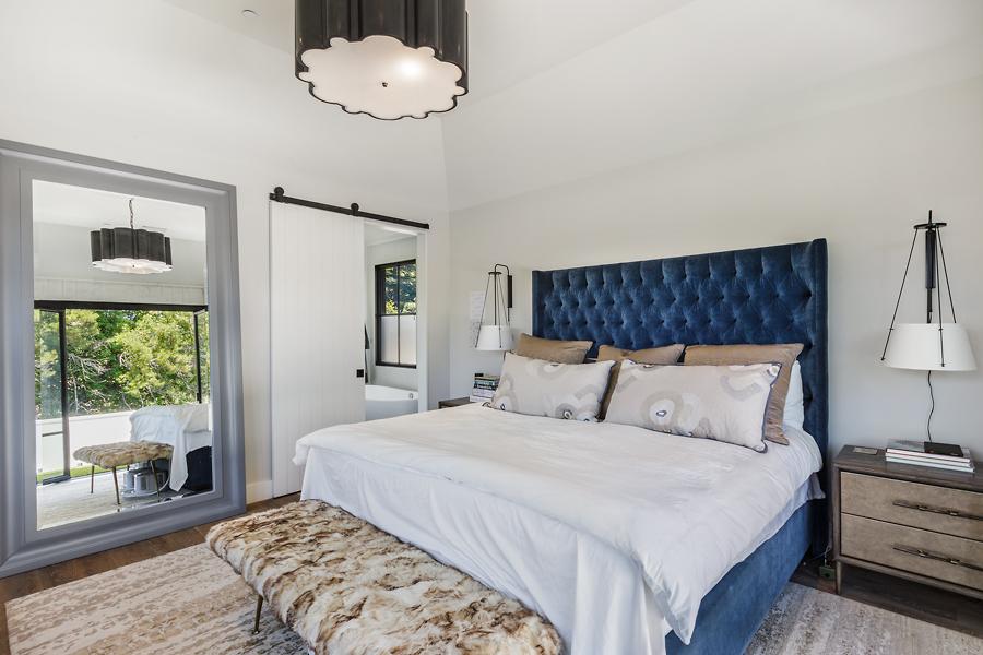 16-51-Walnut-Ave-master-bedroom-mls.jpg