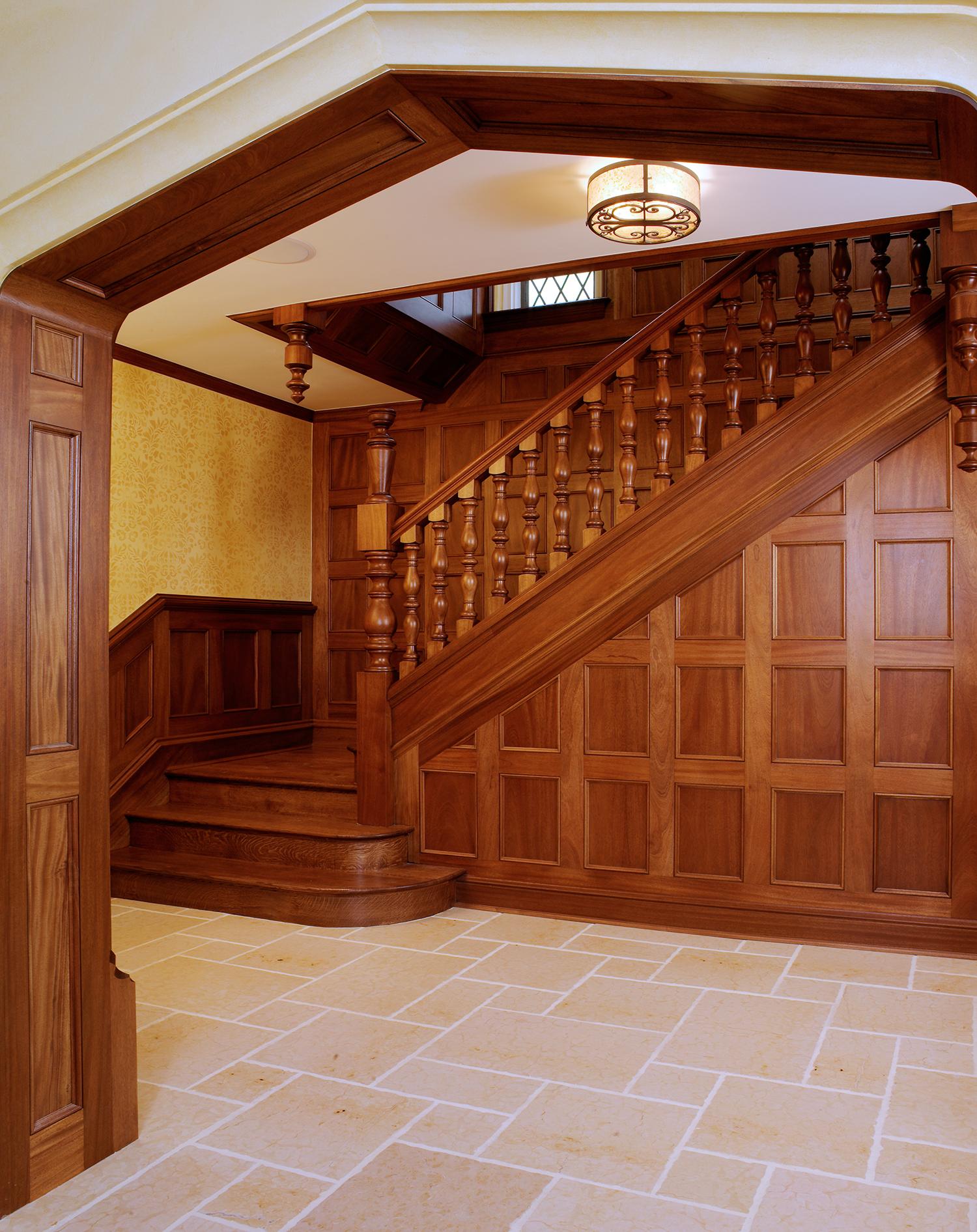 210-Vine-foyer-jamb.jpg