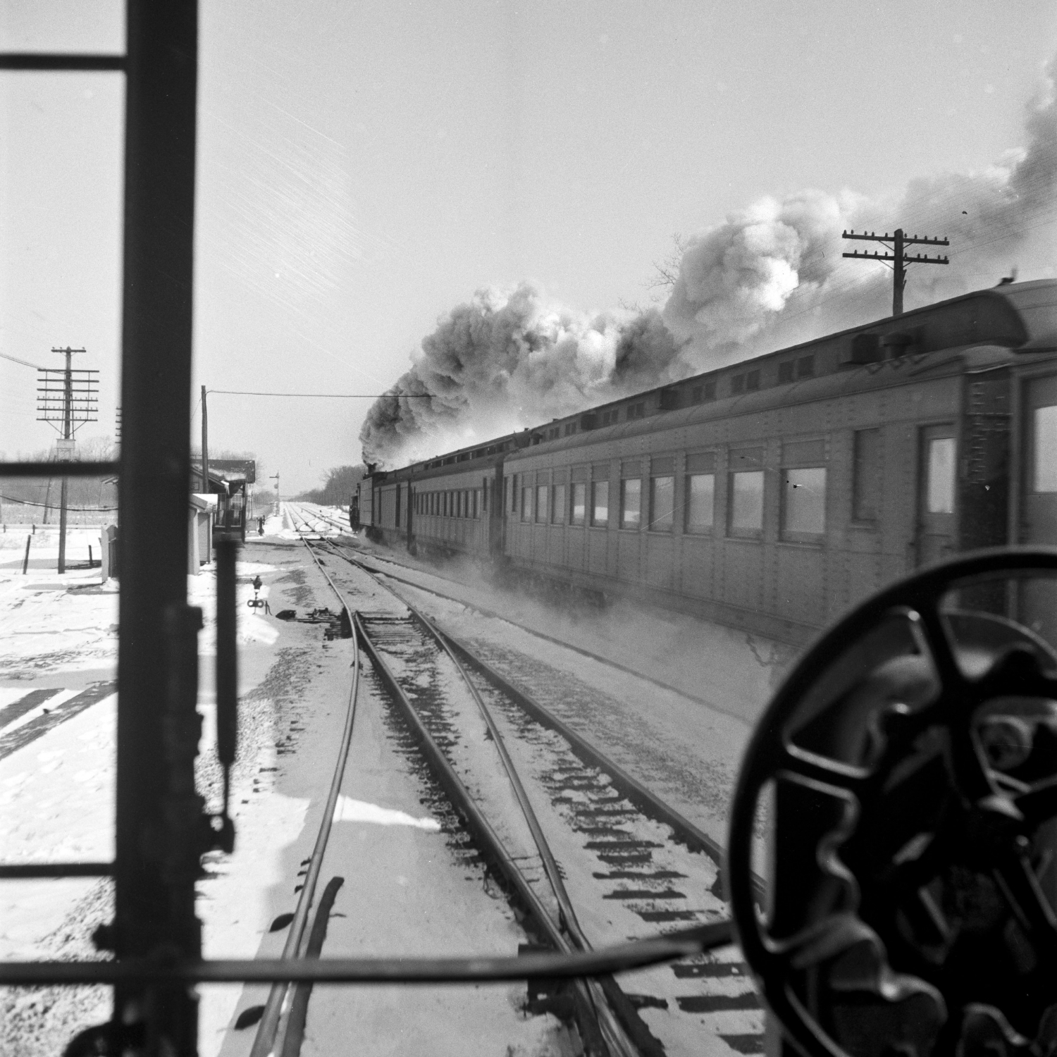 2015 flew by almost as fast as this ATSF express passenger train... almost! Photograph by Jack Delano, LOC.