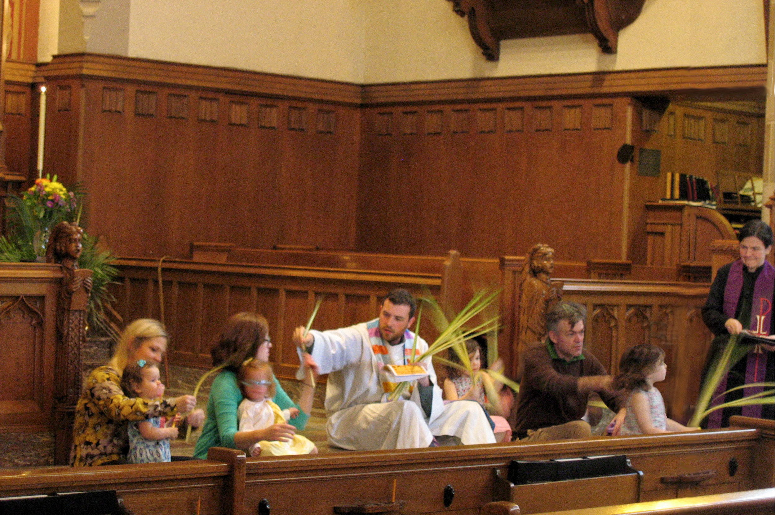 2.0 Palm Sunday children.JPG