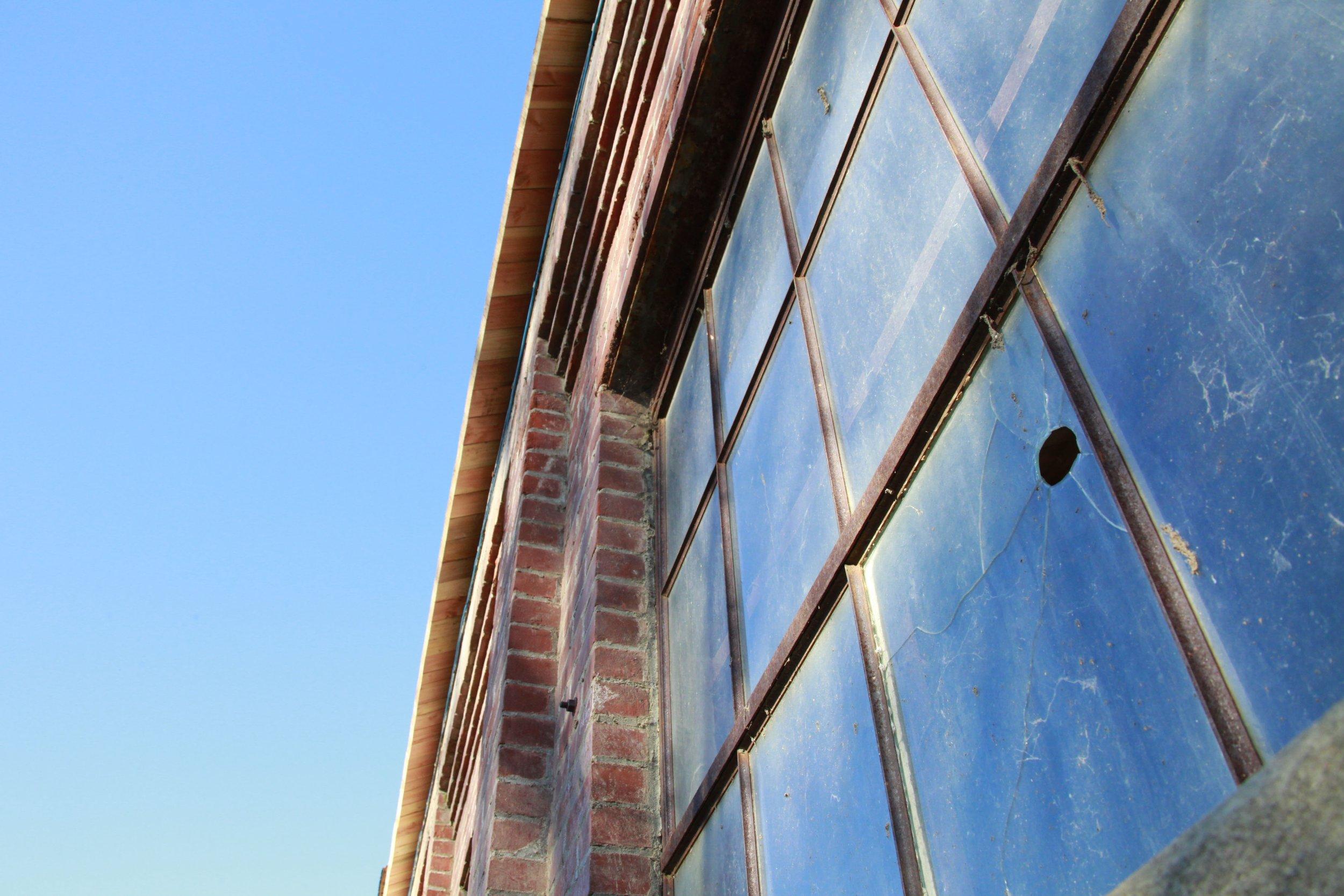 window-2425490.jpg