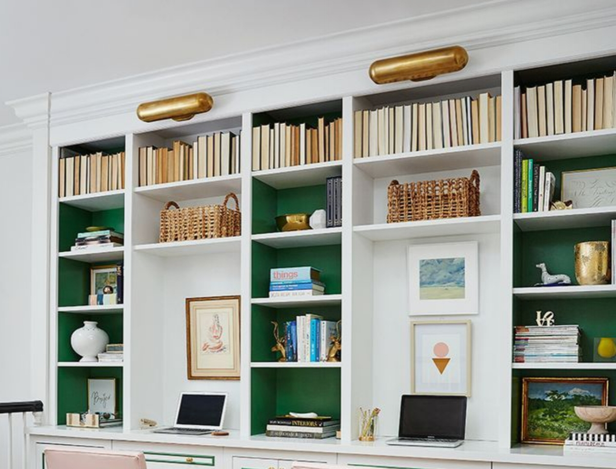 The bookcases deserve this look, don't you agree?