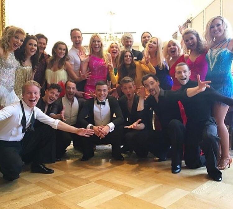 The whole dance crew!!