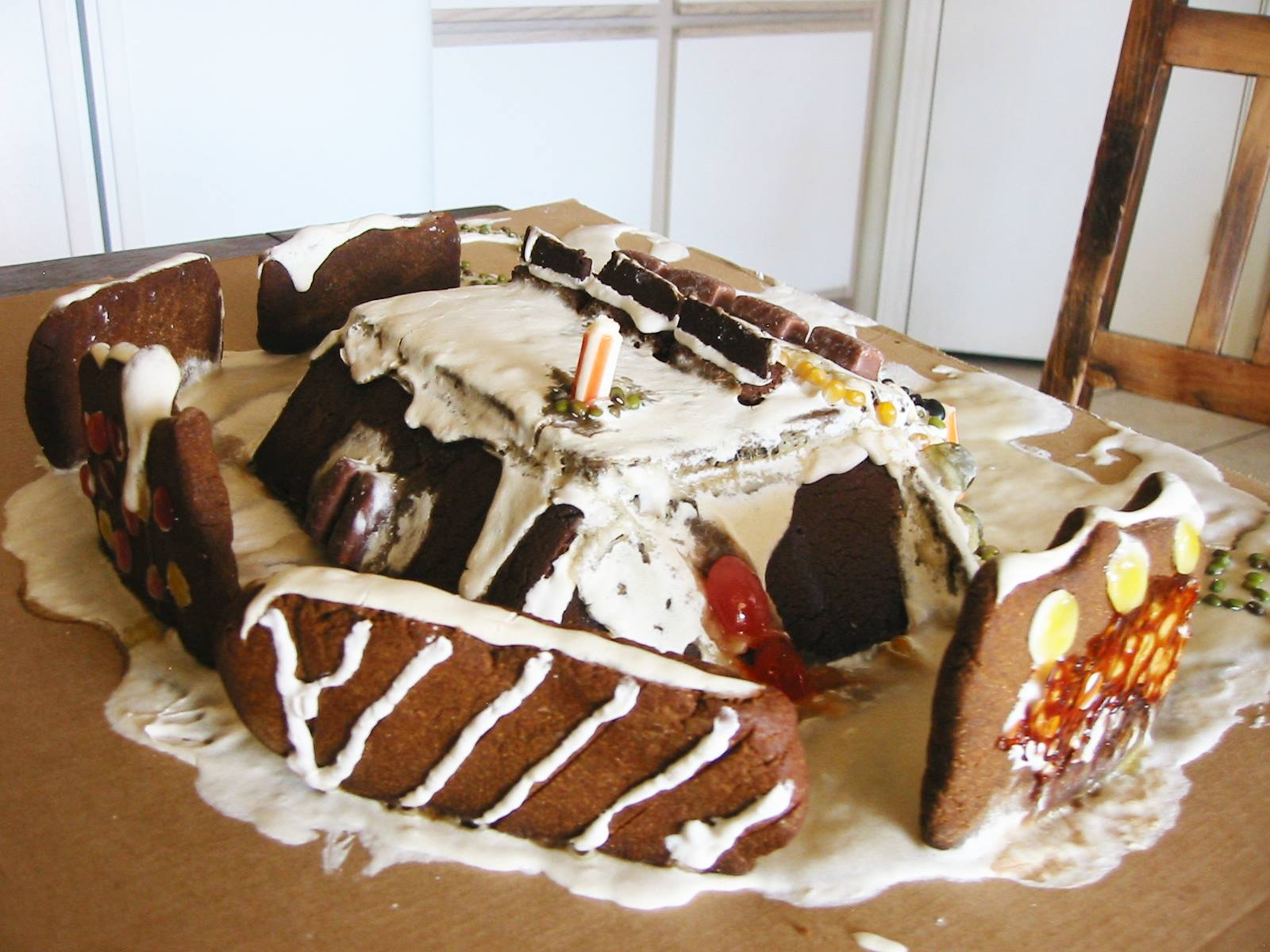Tom Schultz Gingerbread Earthship 2016 3.jpg