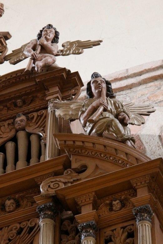 Tournus, abbatiale, organ, 1629 (restored many times)