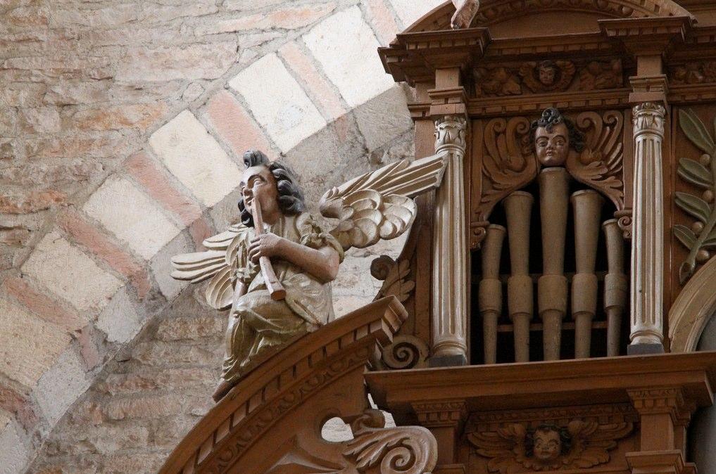 Tournus, abbatiale, organ 3 Venice, S. Stae, organ cantoria, Gaetano Callido, 1772.