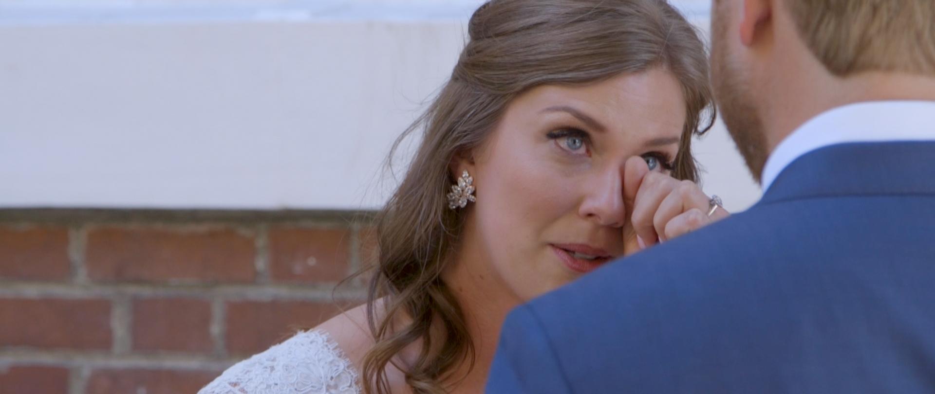 Lisa and Taylor-Oregon Wedding Video -5.jpg