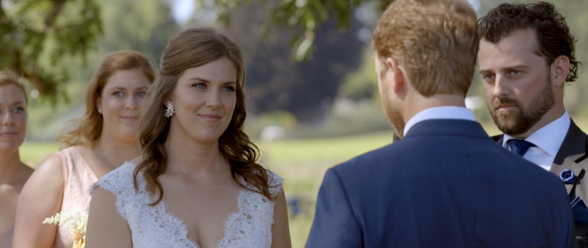 Lisa and Taylor-Oregon Wedding Video -8.jpg