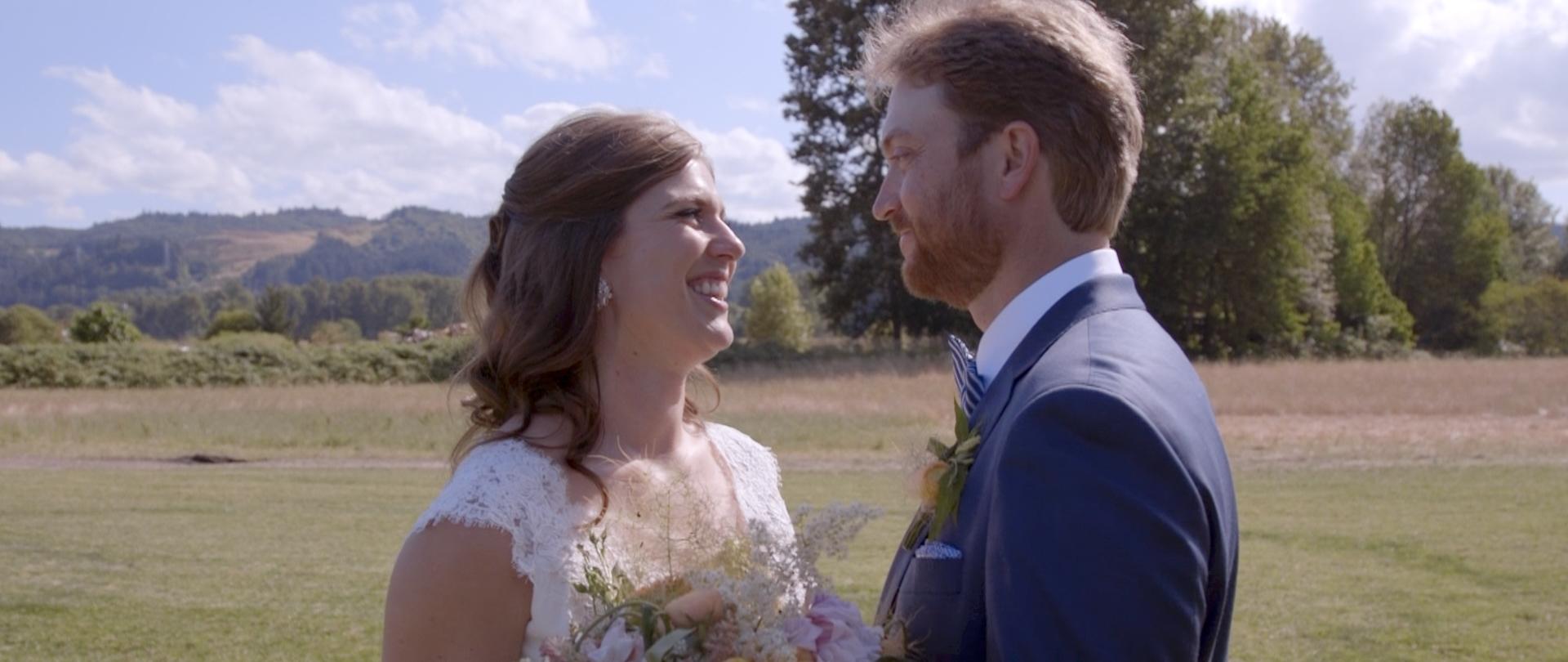 Lisa and Taylor-Oregon Wedding Video -10.jpg