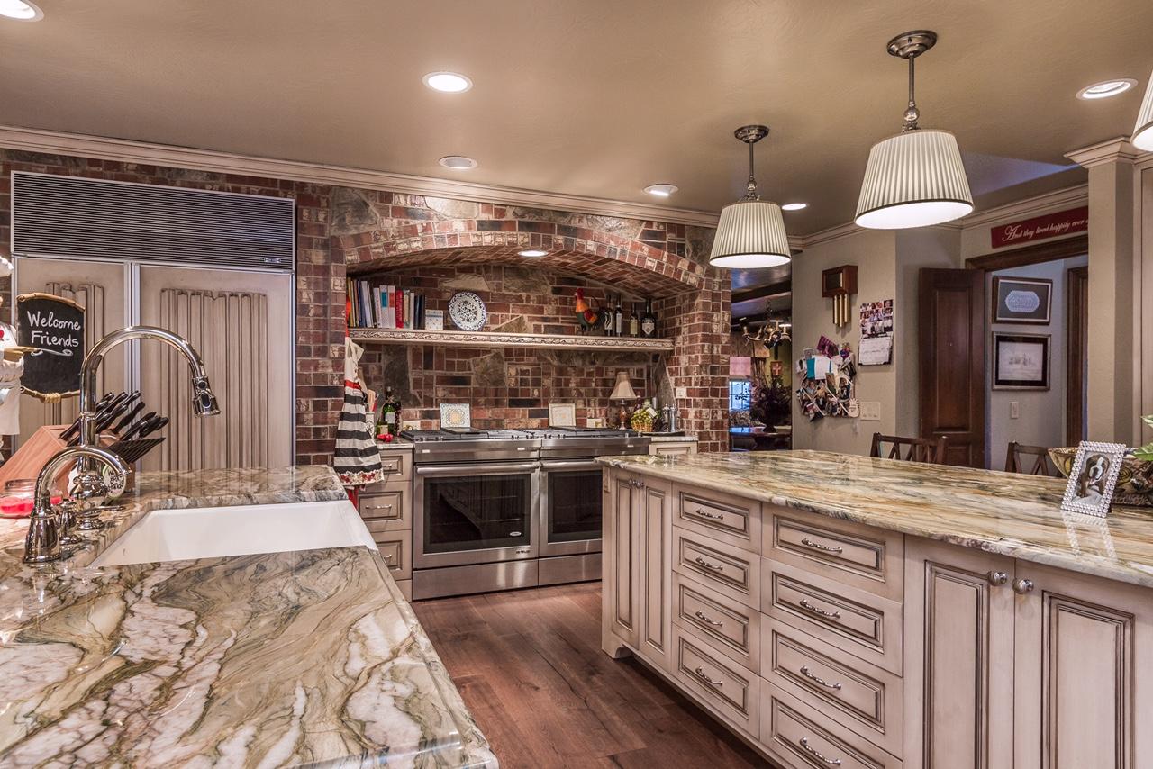 Tudor Kitchen 2.jpg