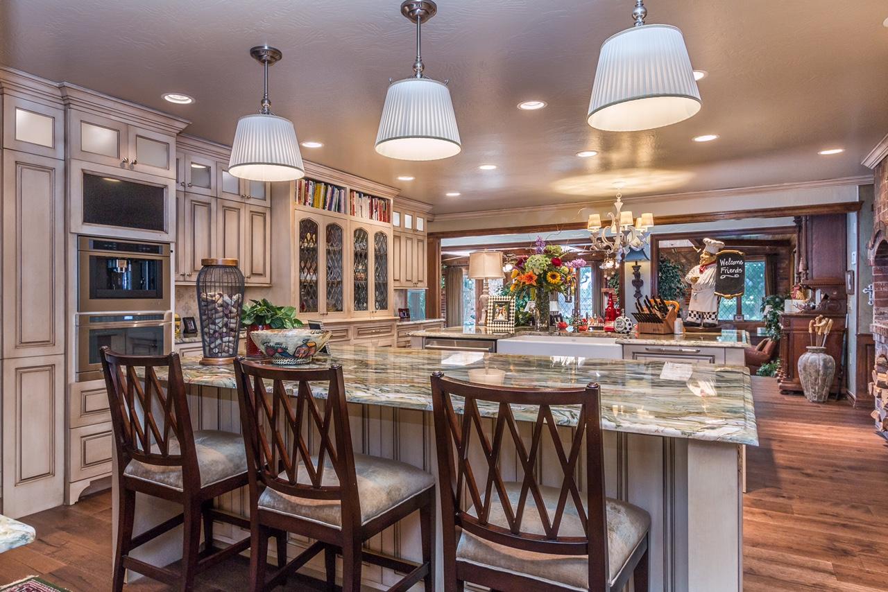 Tudor Kitchen 3.jpg