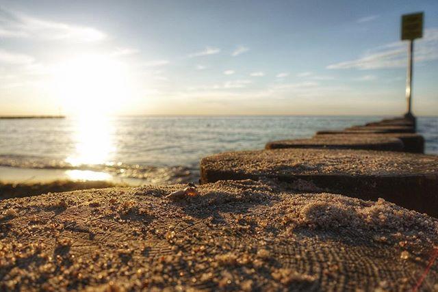 🎶...sweet...summertime, summertime...🎶 #balticsea #beach #sunset #poland #kolobrzeg #ostsee #strand #sonnenuntergang #rxmoments @sonyalpha #rx100v #beachsunset #oceanview