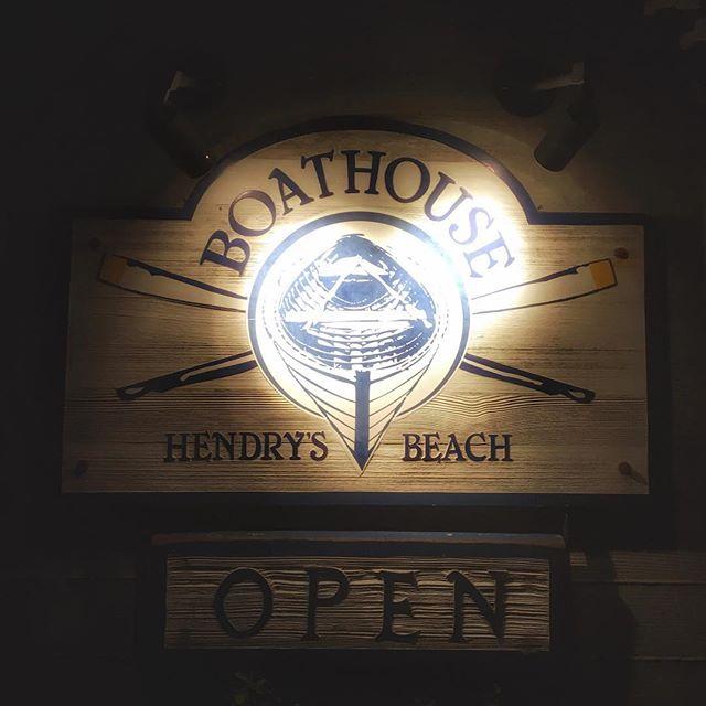 #Boathouse #hendrysbeach #santabarbara #california @sb_boathouse @visitsantabarbara #restaurant #logoinspiration #logodesign #logo #graphicdesign