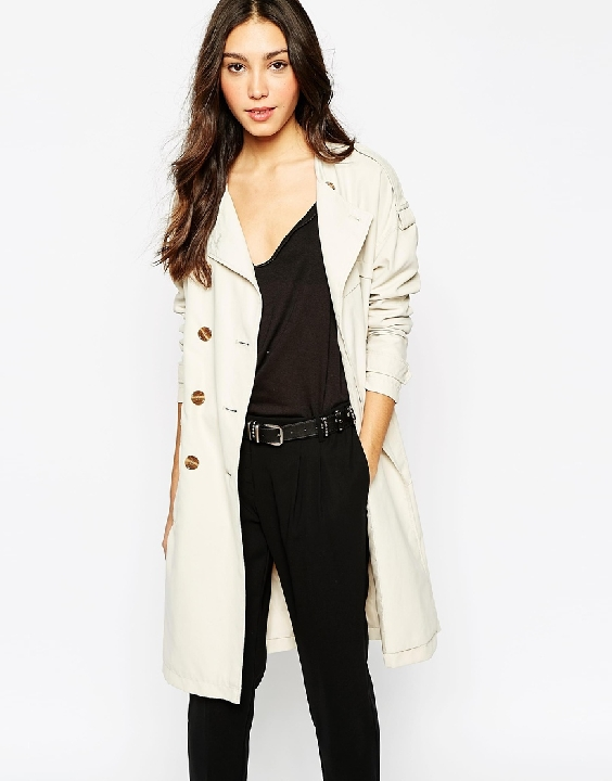 Year round trench coats aka SO classy. Click   here