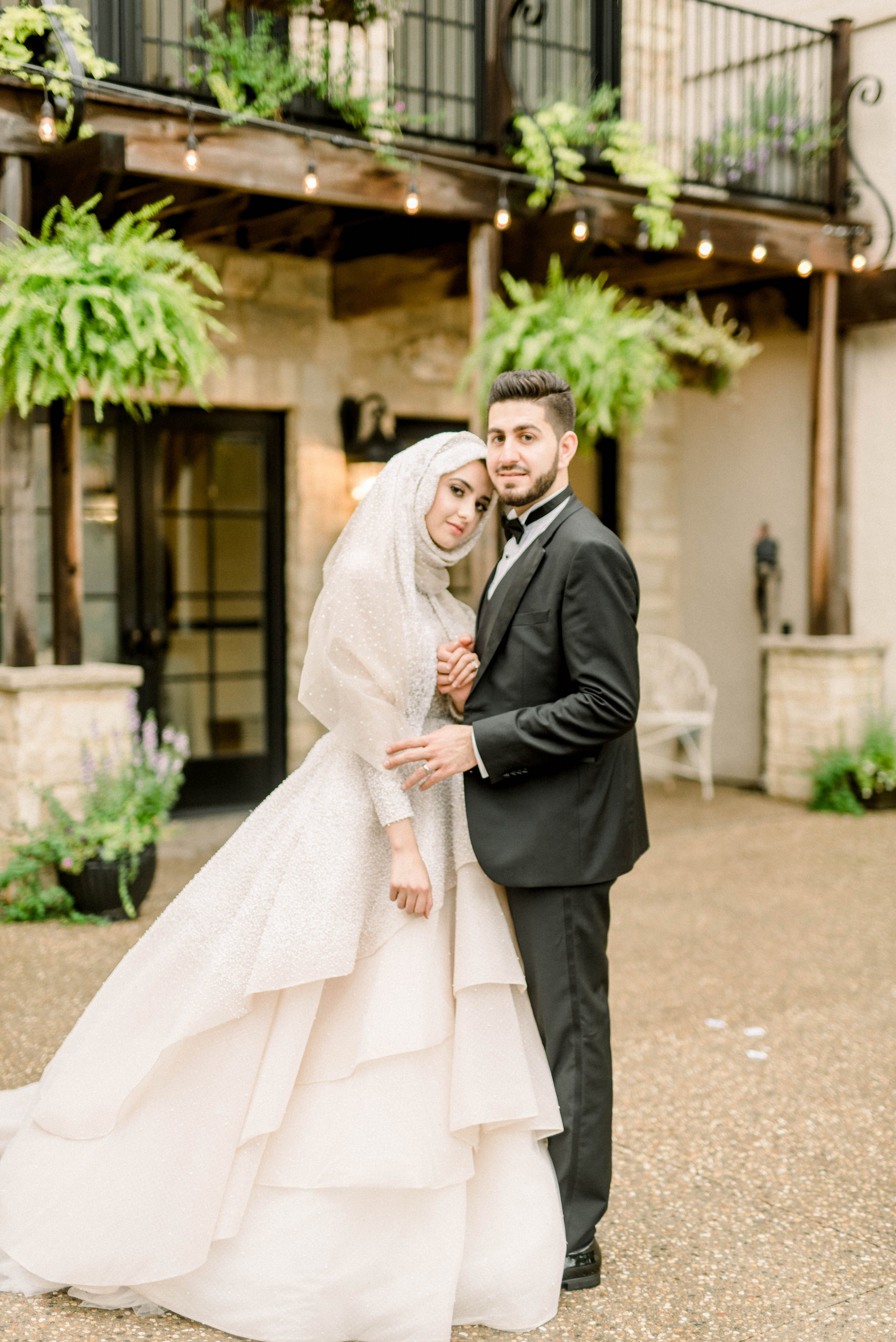 Summer and Hamza-Portraits-0175.jpg