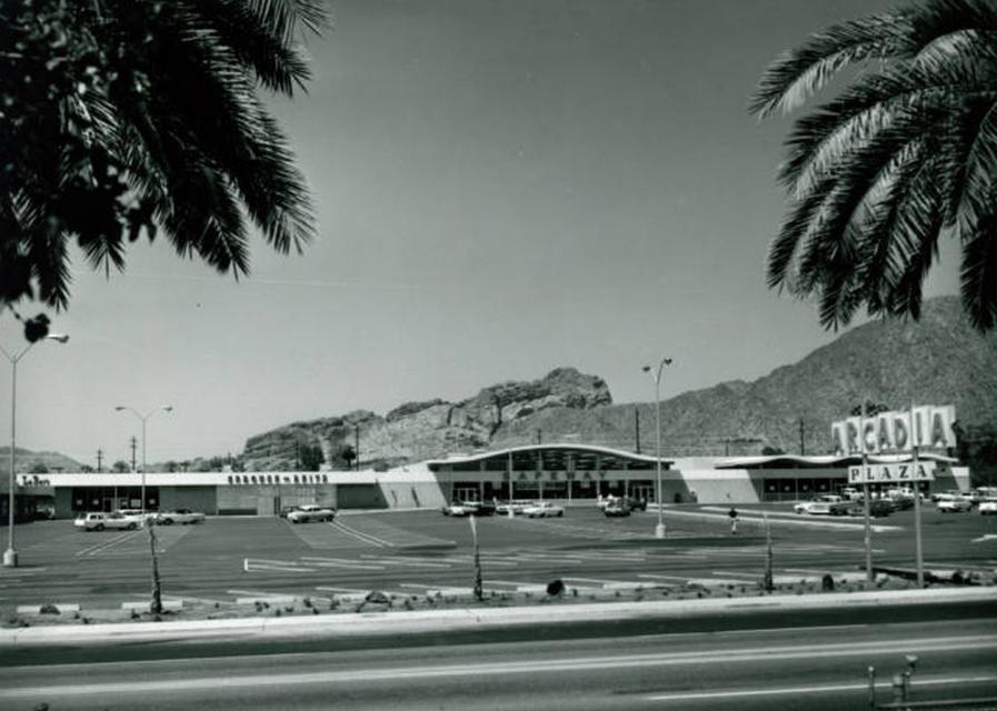 Arcadia Plaza mid 1960's