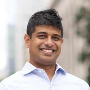 Adnan_Mahmud_CEO_LiveStories_3-25x3-25.jpg