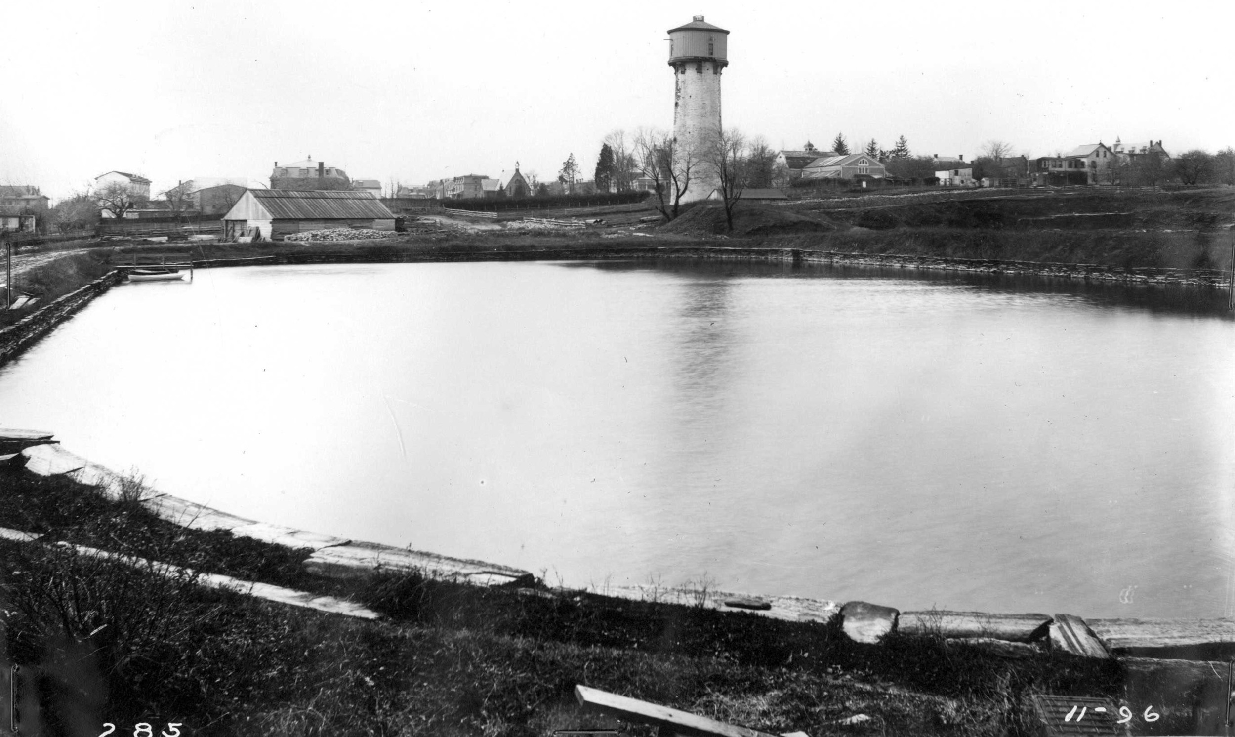 Chestnut Hill Water Tower & 5,000,000 Gallon Reservoir:Photo Courtesy of Philadelphia Water Department Historical Collection.