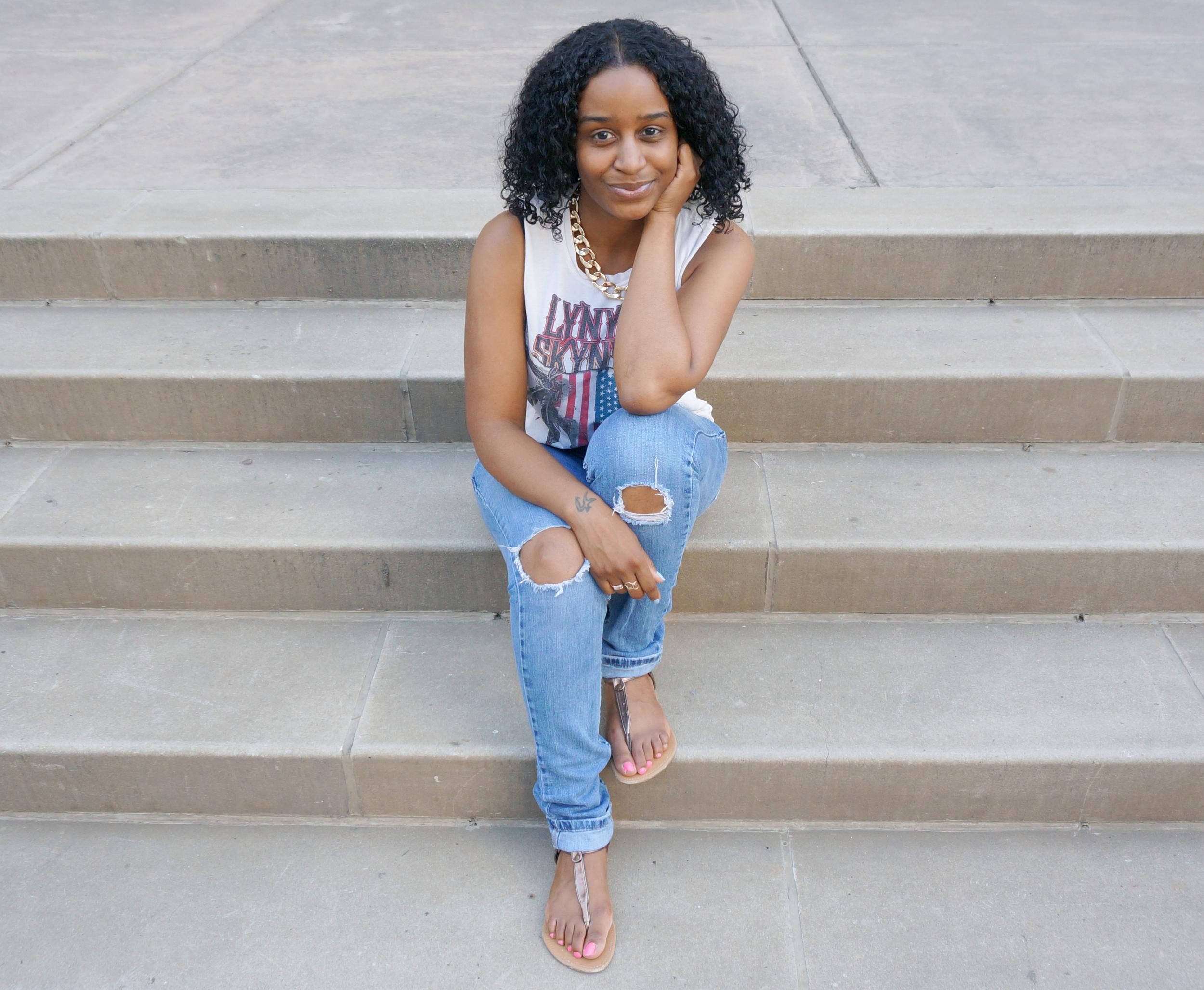 Alisha Byrd - Creative Business Coach at TheAlishaNicole.com