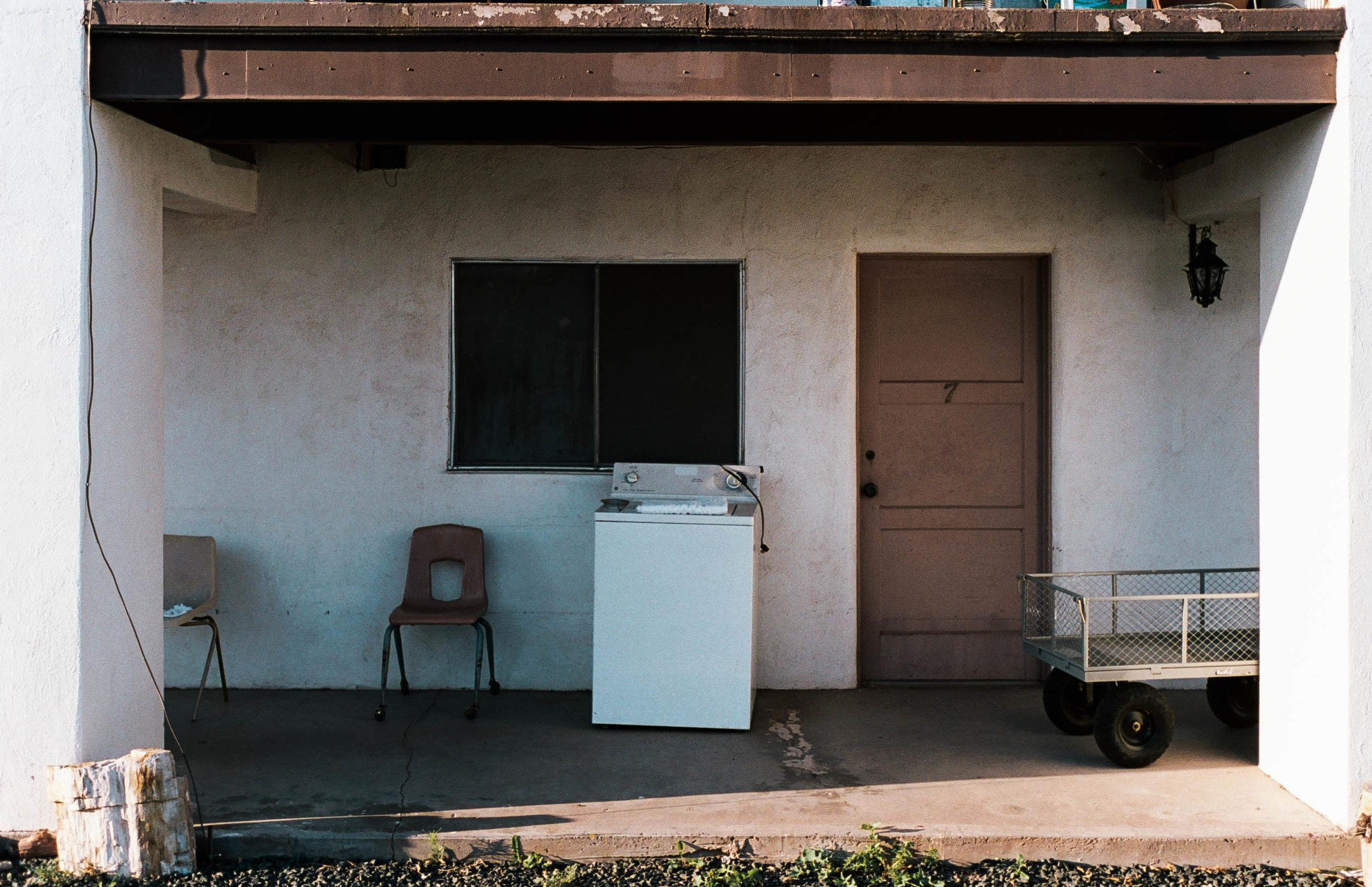 nate-matos-arizona-motel-7.jpg