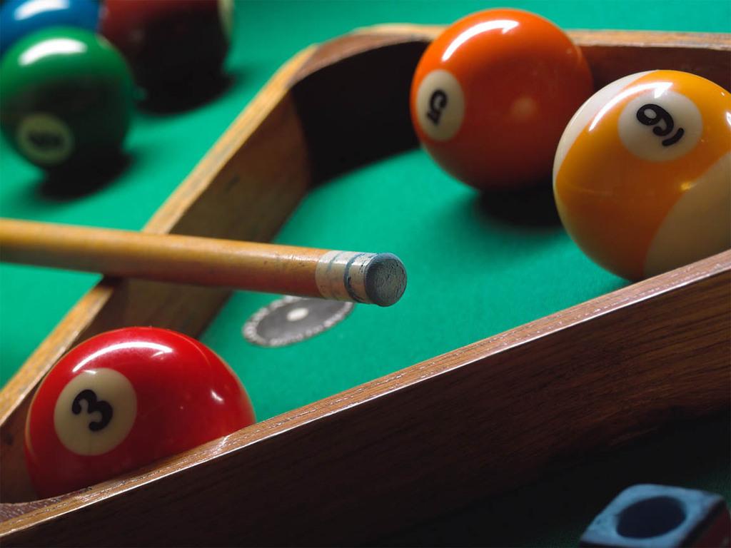 pool table pic.jpg