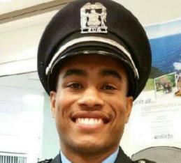 Officer Tim Jones;  Photo: chicago.cbslocal.com