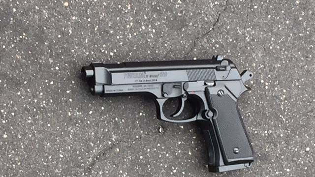 Photo of replica gun used in incident;  Photo: Baltimore Police via baltimoresun.com
