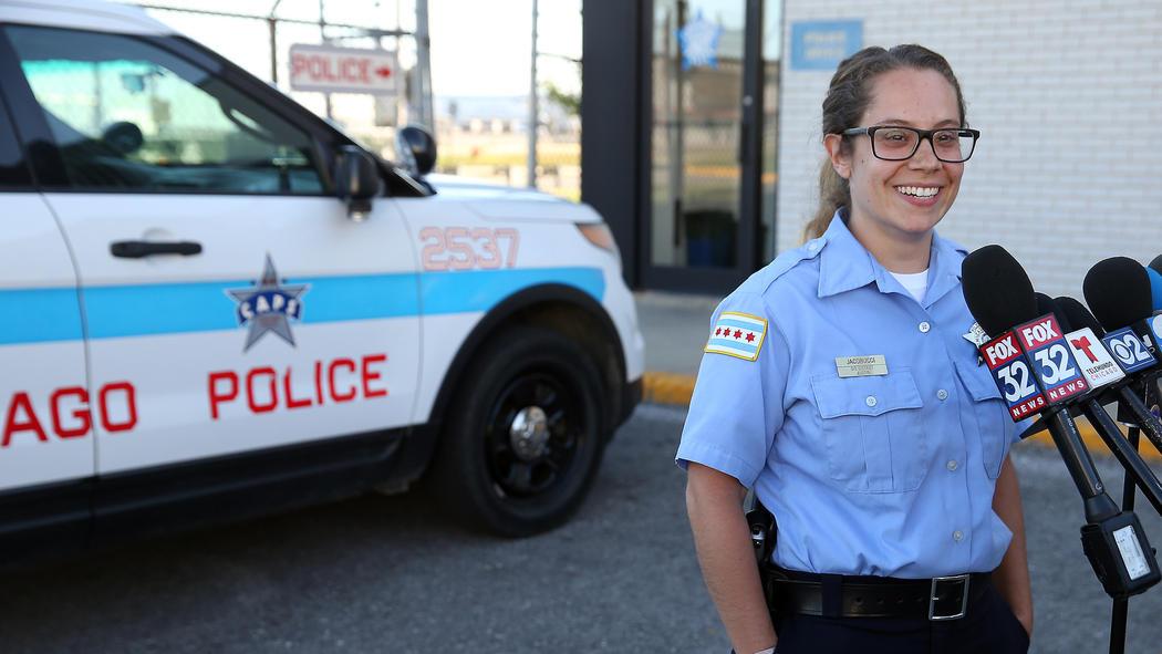 Officer Jennifer Jacobucci;  Photo:Terrence Antonio James/Chicago Tribune