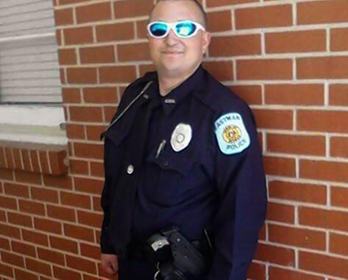 Officer Tim Smith;  Photo: via nydailynews.com
