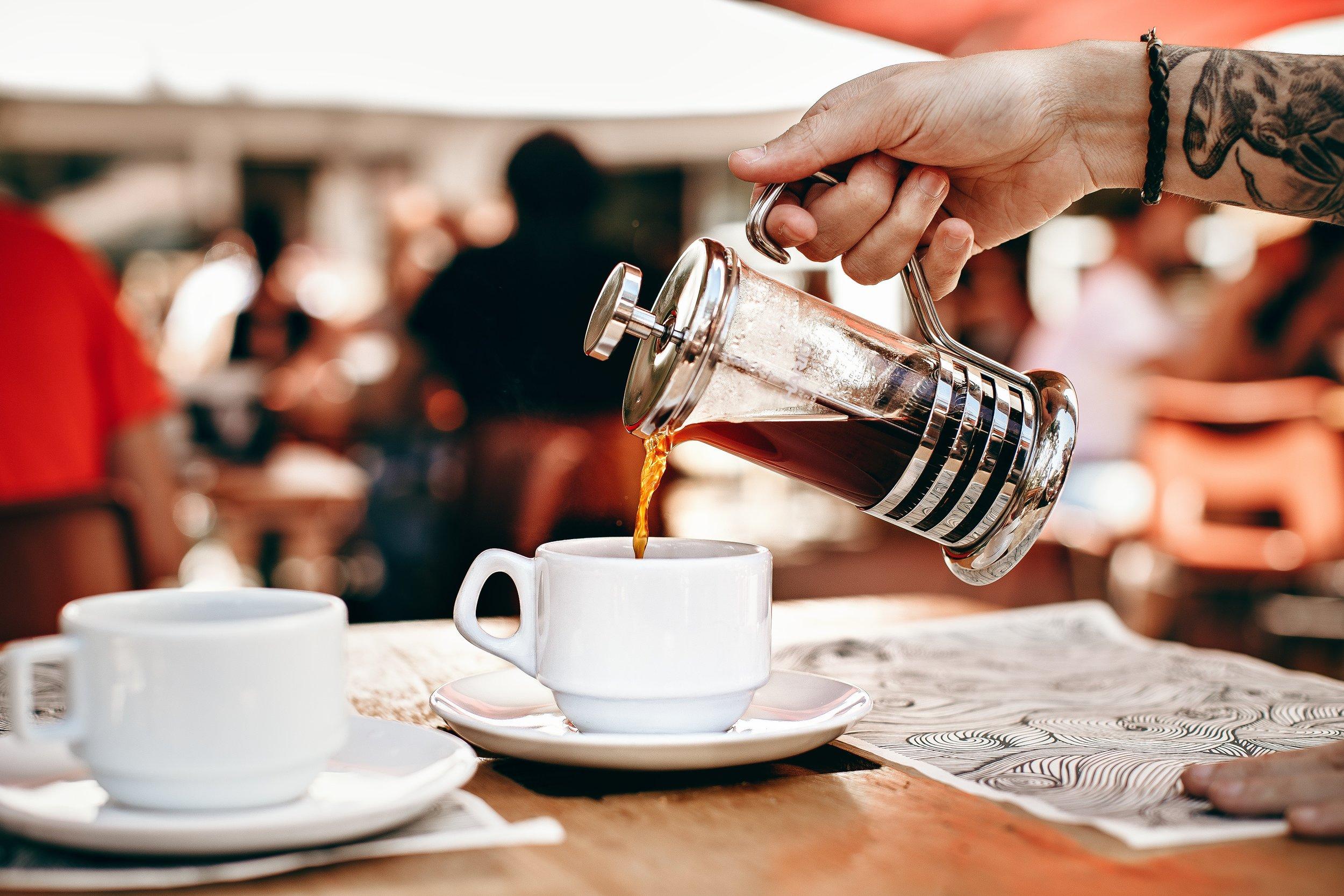 aroma-barista-blurred-background-1394841.jpg